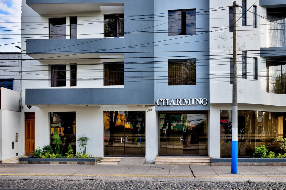 Charming Hotel E.I.R.L.