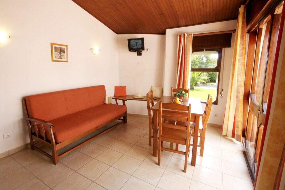 Ancora Park Sunplace Hotels & Resorts