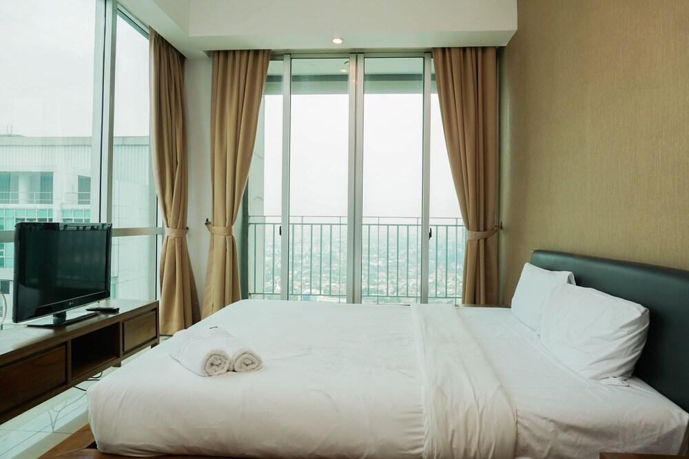 Suite 3BR Kemang Village Apartment