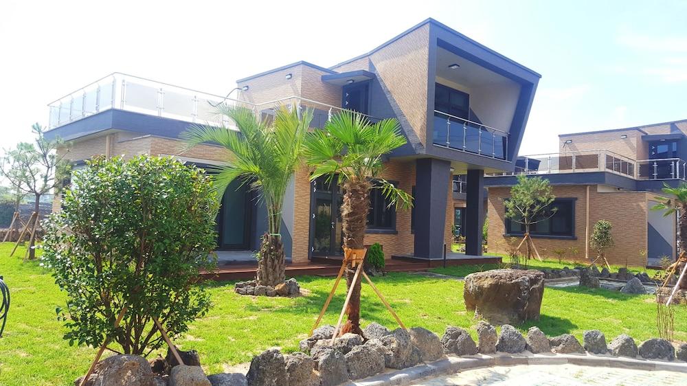 Meriel Village