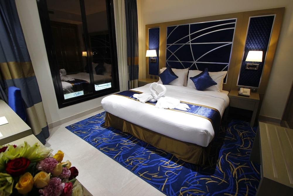 Diwan Residence Hotel Alnaeem