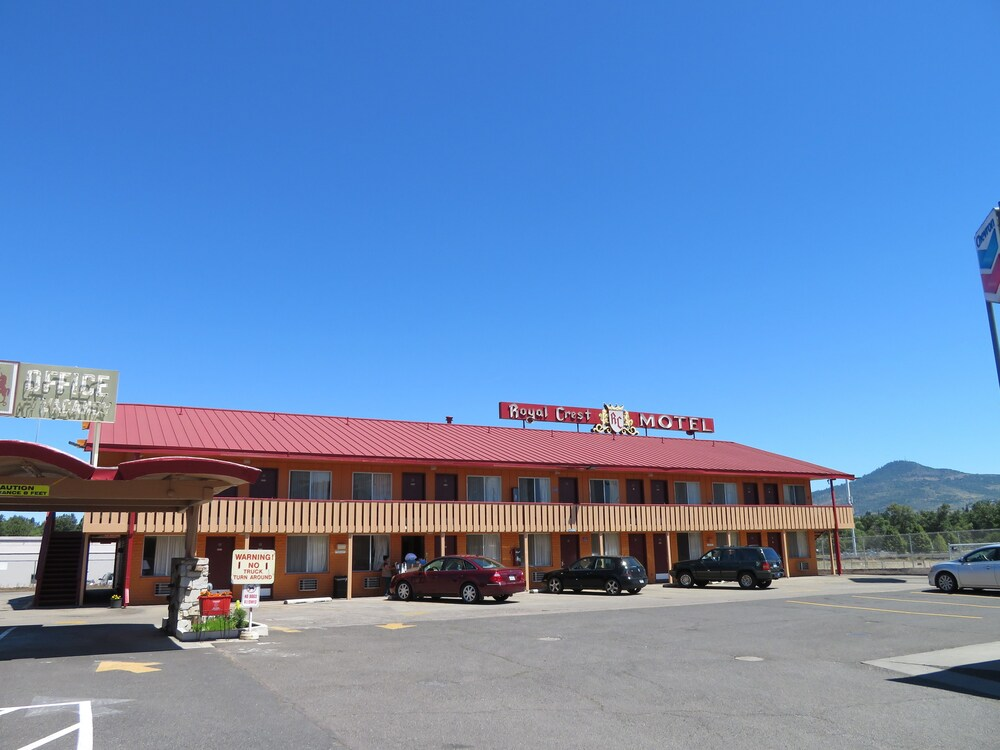 Gallery image of Royal Crest Motel
