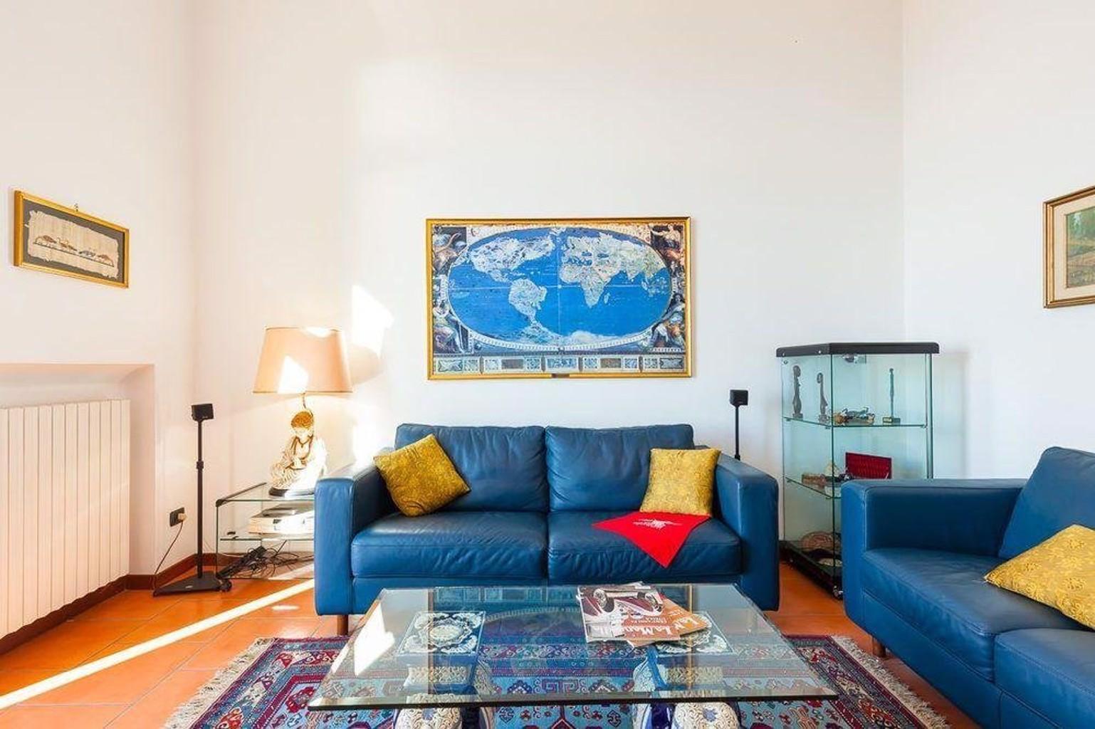 Apartment Corso V. Emanuele II Bh 80
