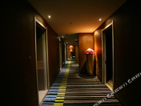 Gallery image of Pattaya Hotel