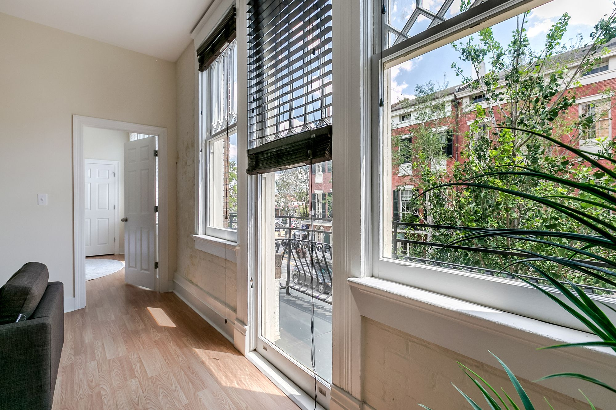 Hip 2BR in Arts Warehouse District