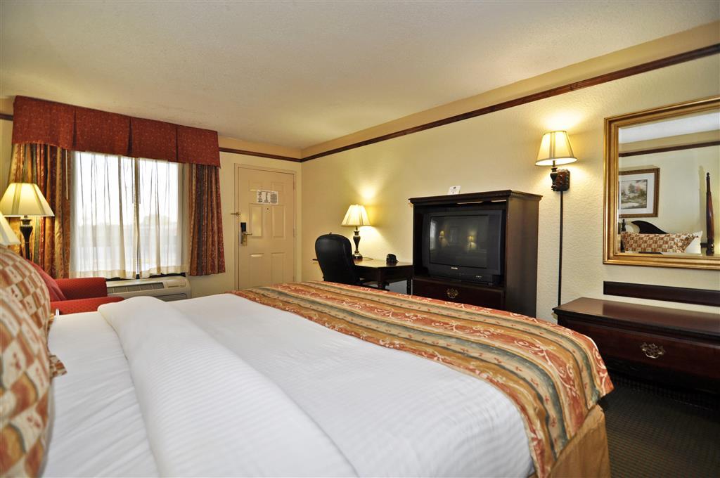 Gallery image of Best Western Colonial Inn