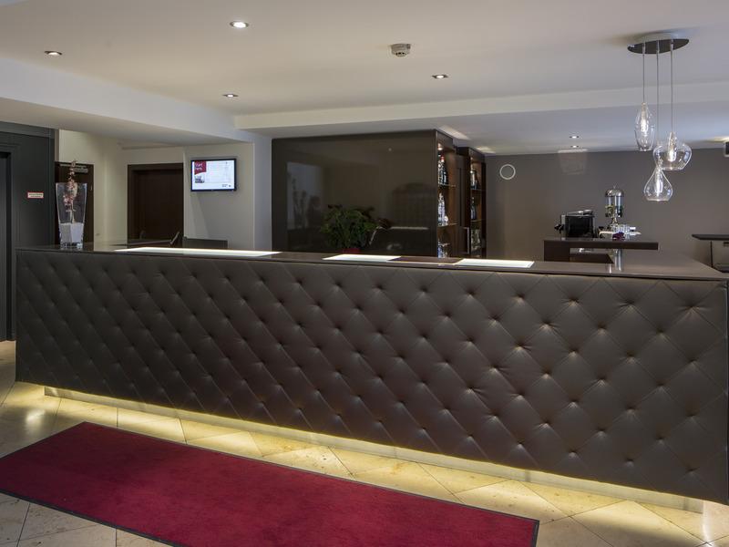 Austria Trend Hotel Rathauspark (آوستریا ترند هتل راتاوسپارك) Lobby