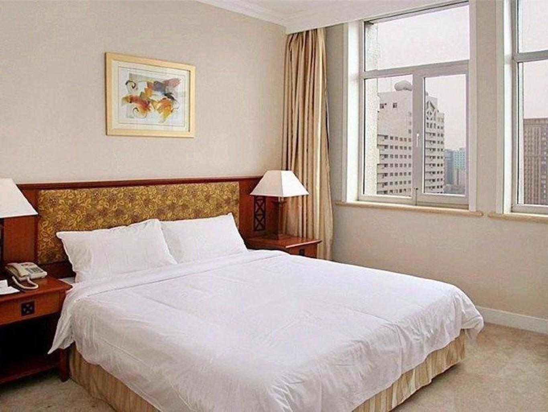 Plus Hotel