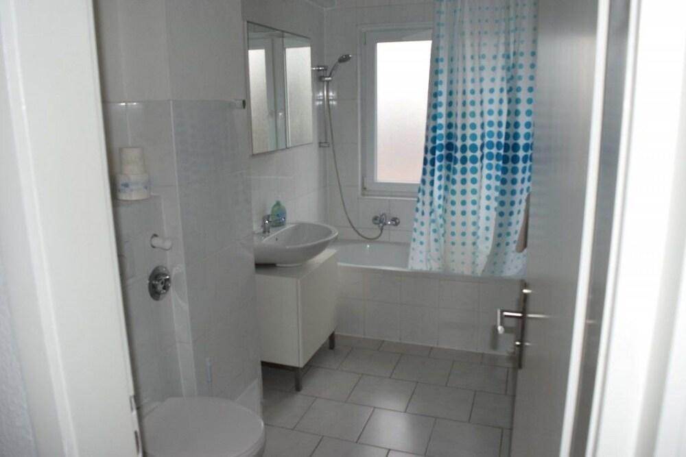 AB Apartment 13 In Stuttgart