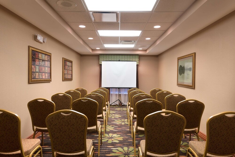 Gallery image of Hampton Inn Bellevue