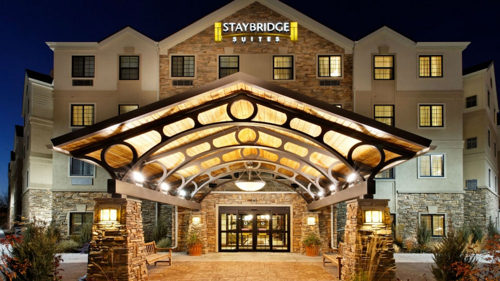 Staybridge Suites Rochester Commerce Dr Nw