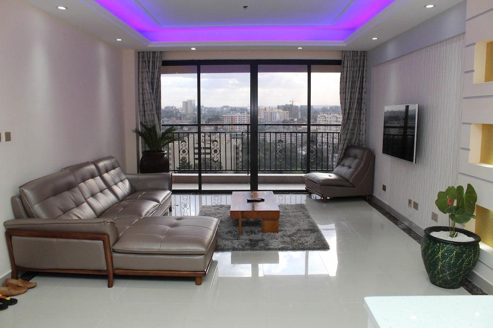 Stupendous Views Penthouse 23