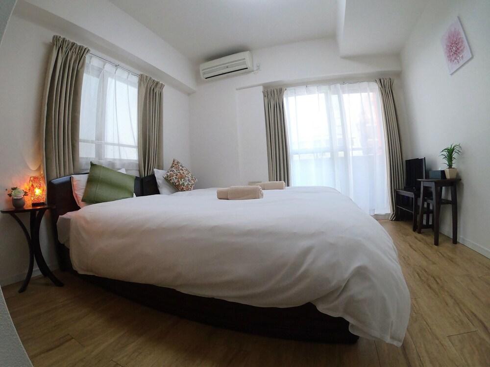 REBANGA Namba Minami Apartment