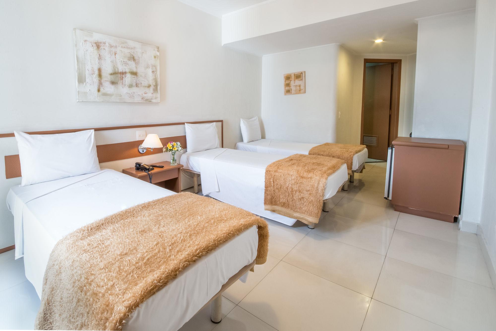 Gallery image of Center Inn Hotel