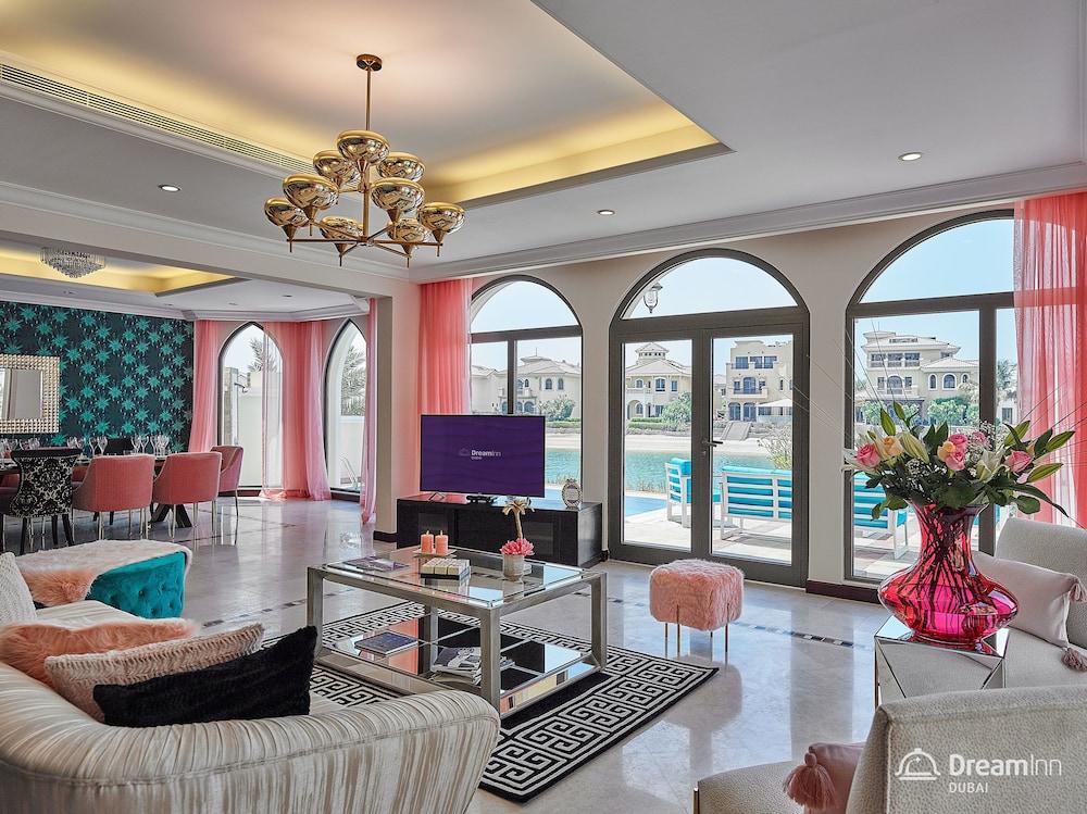 Dream Inn Dubai Getaway Villa