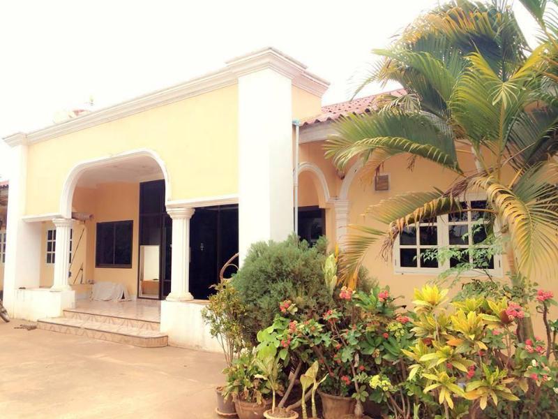 Phetchalernxay Guesthouse