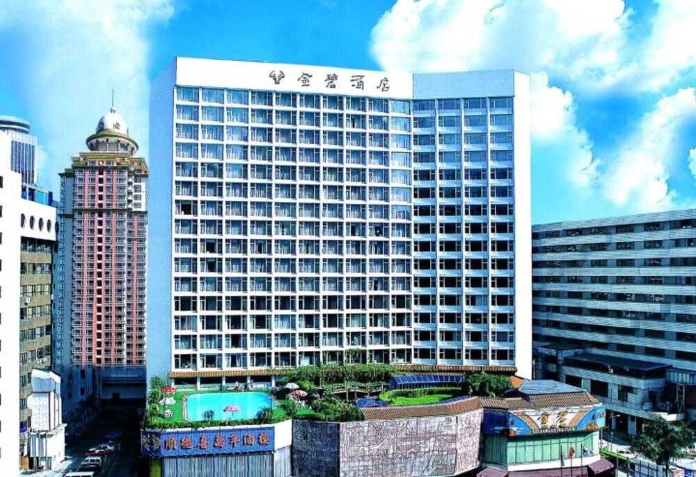 Golden Lustre Hotel