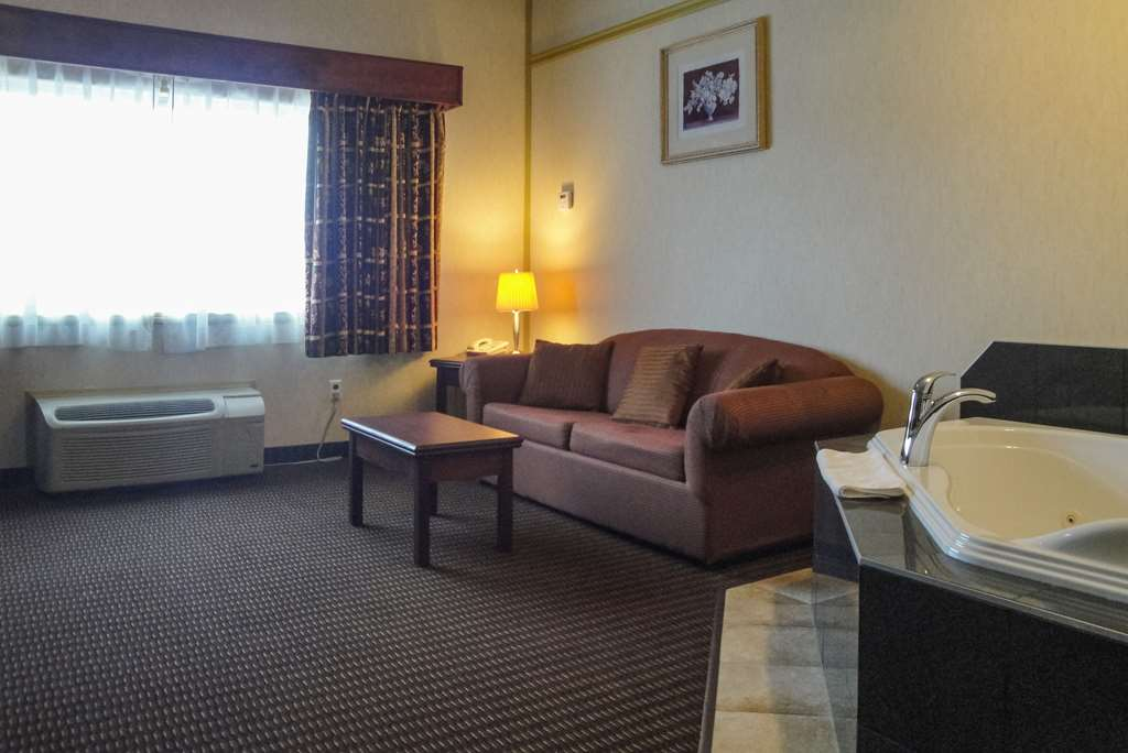 Gallery image of Quality Inn and Suites