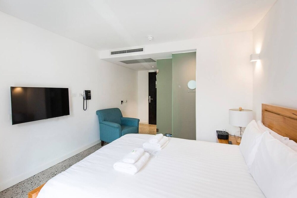 The Nest Rustic En Suite Room Near the City And Roof Terrace