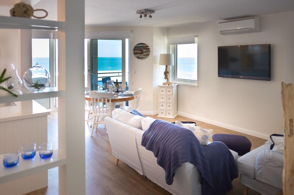 Cottesloe Blue Apartment