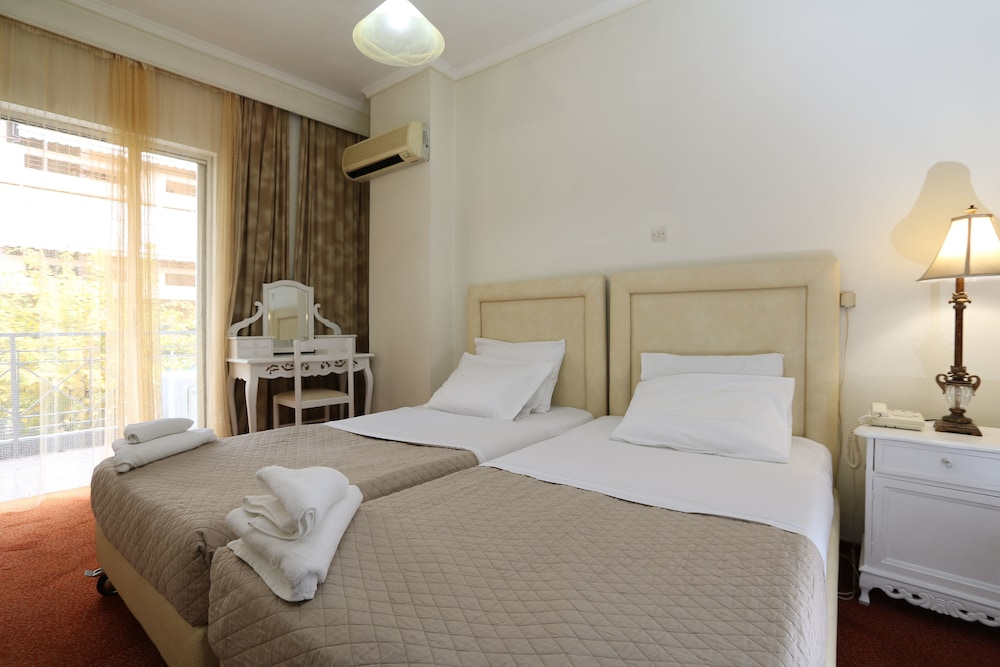 Gallery image of Athens Delta Hotel