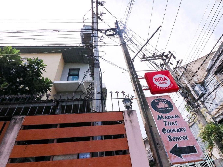 Nida Rooms Thapae Soi 6 Walking Street