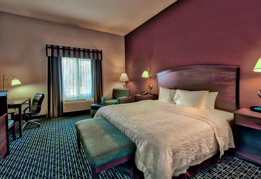 Gallery image of Hampton Inn and Suites Ridgecrest