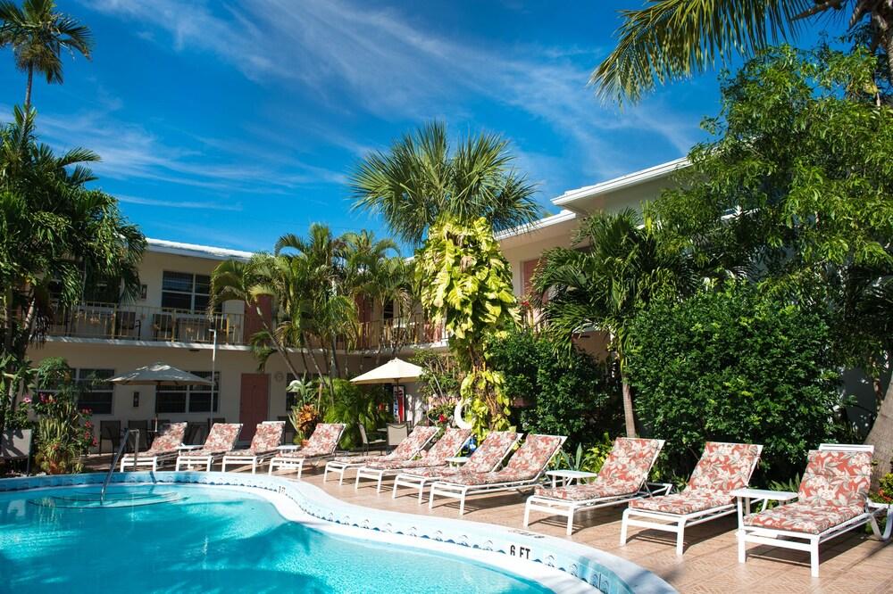 Gallery image of Shore Haven Resort Inn