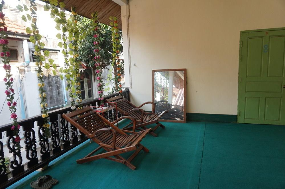 Gallery image of Luangprabang Old Centre House ThaviSouk GuestHouse