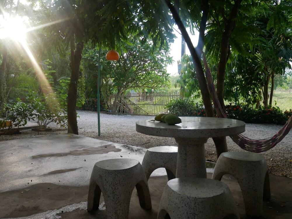 Gallery image of Baan Suan Palm Resort