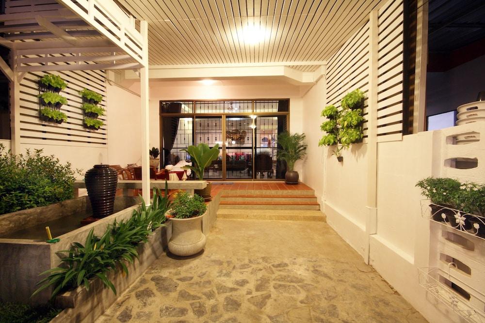Nimit House No.19