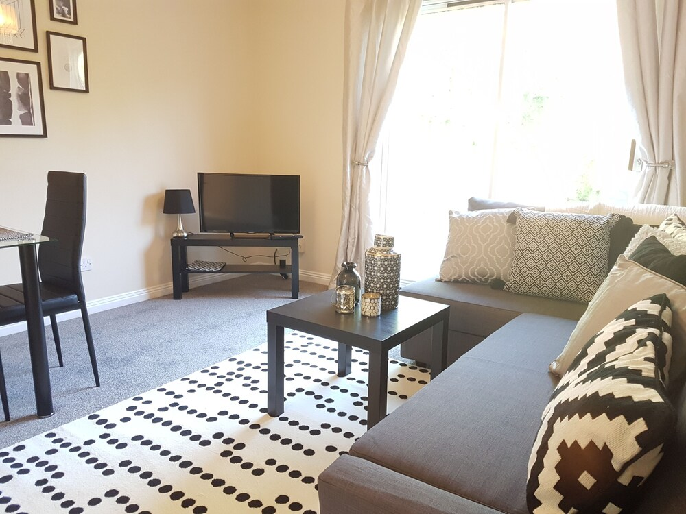 Vokes House Oceana Serviced Accommodation