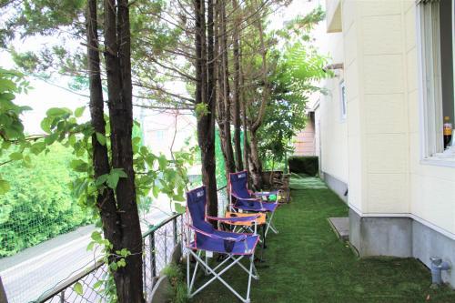 緑小庭付小屋
