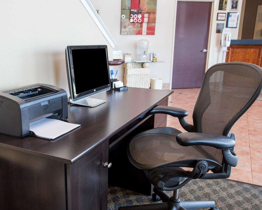 Gallery image of Quality Inn & Suites Fresno Northwest