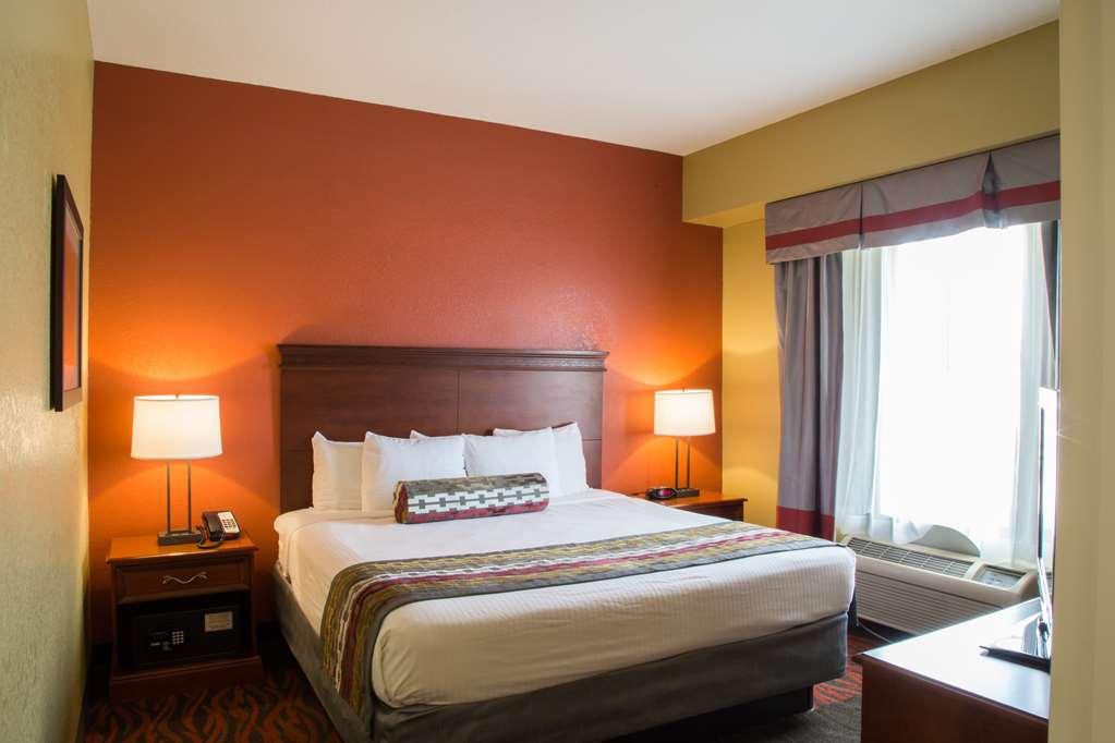 Gallery image of Best Western Executive Inn & Suites
