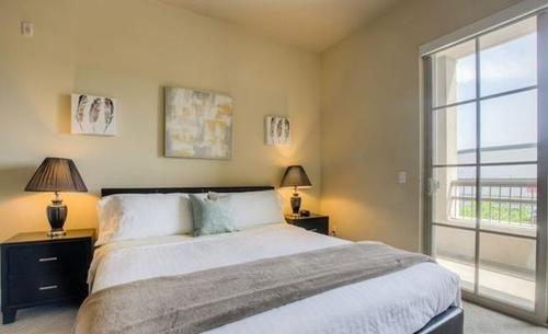 Barrington brentwood #412 1 Bedroom 1 Bathroom Home