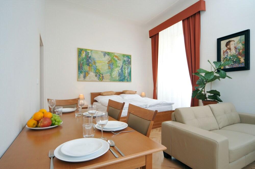 Apartment House Anenská