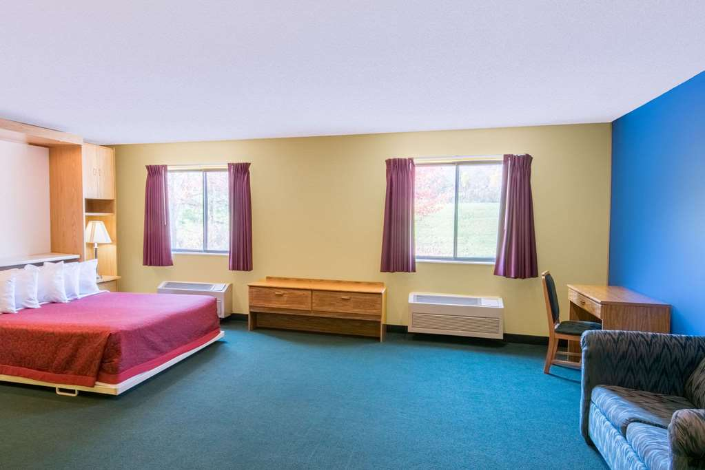 Gallery image of Days Inn by Wyndham Wooster