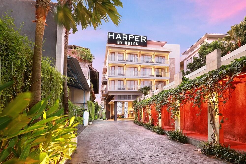Harper Kuta Hotel by ASTON
