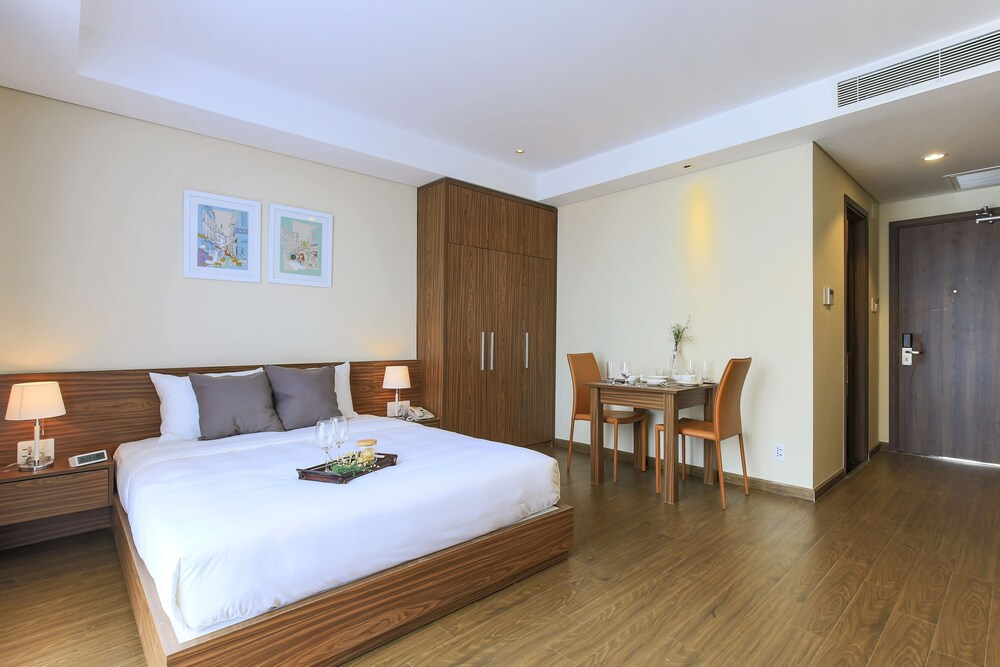 Aurora Serviced Apartments Adults Only