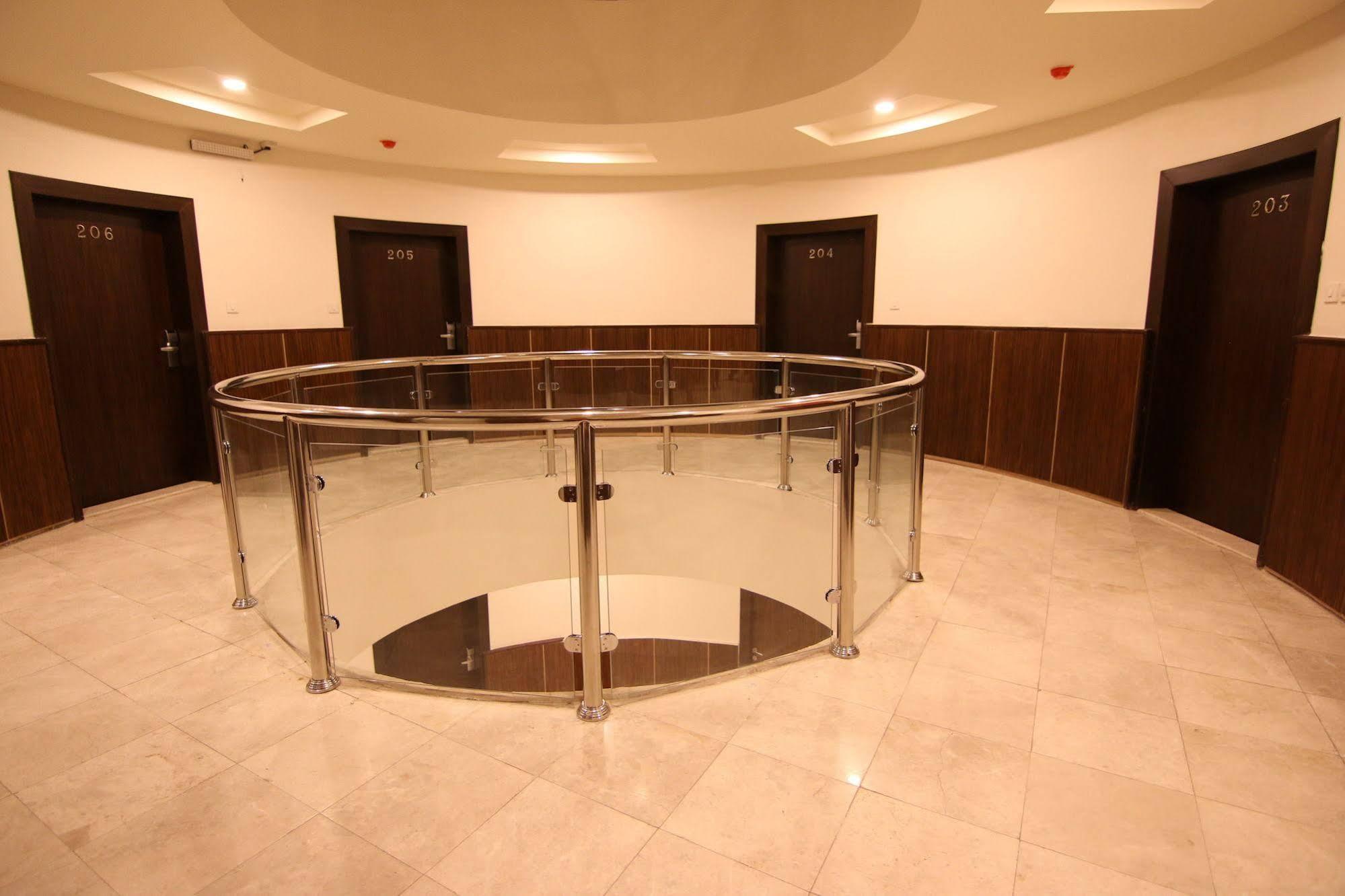 Fakhamet Al Hamra Hotel Apartments