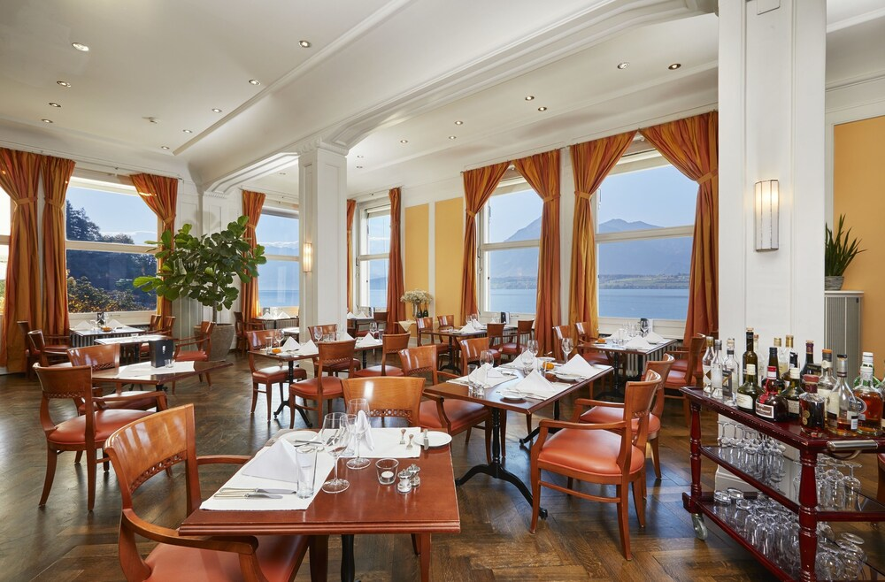Gallery image of Hotel Restaurant Bellevue au Lac
