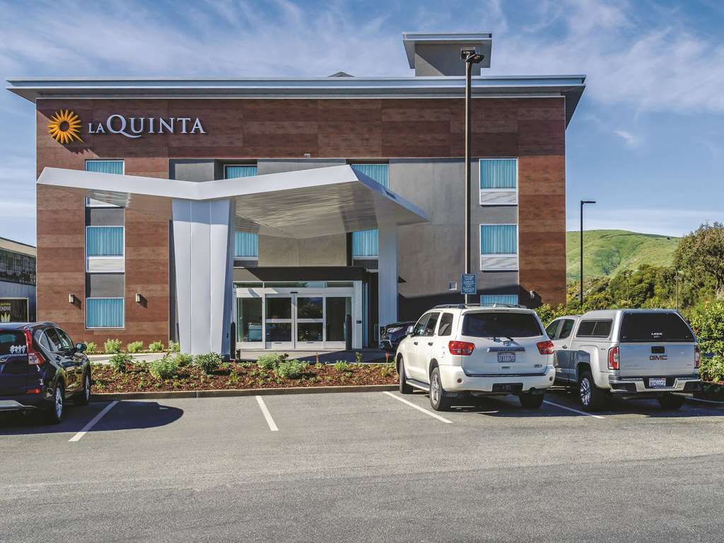 La Quinta & Suites by San Francisco Airport N