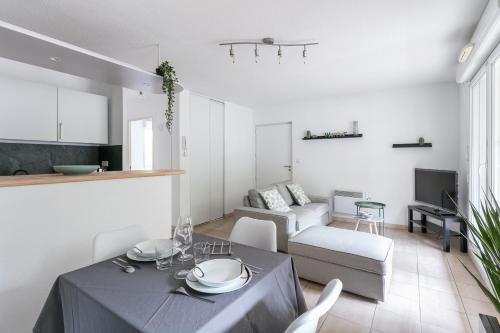 Appartement cosy à Port Marianne avec terrasse et parking Class Appart