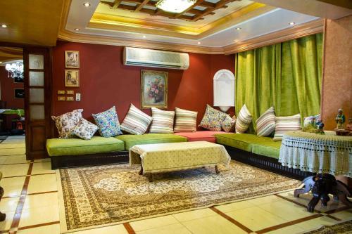 Stylish Luxury Spacious Apartments Cairo