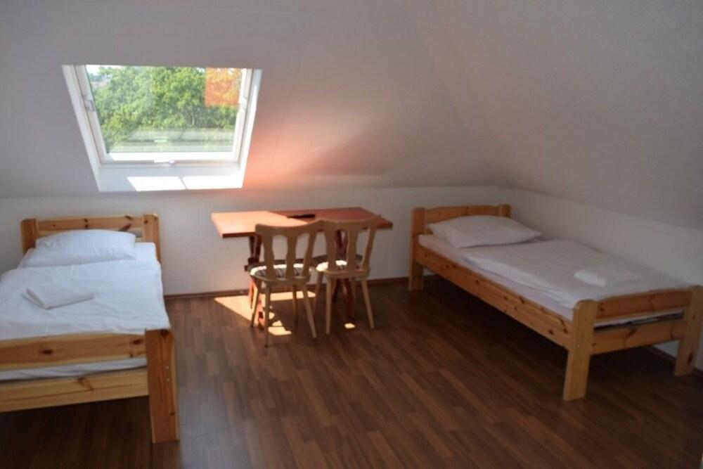 AB Apartment 29