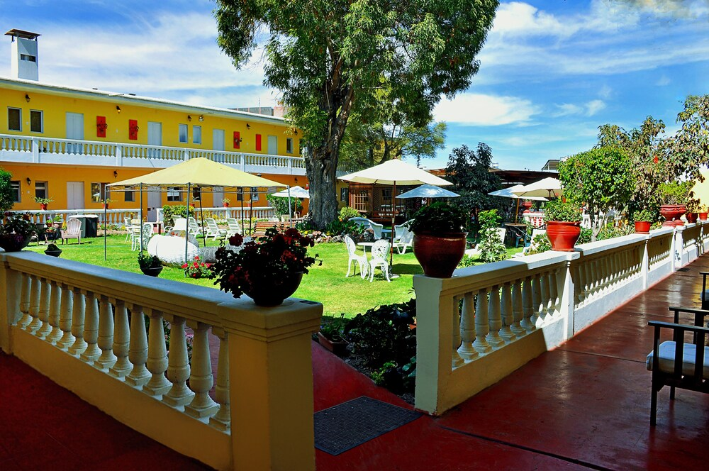 Casa de Avila Hotel