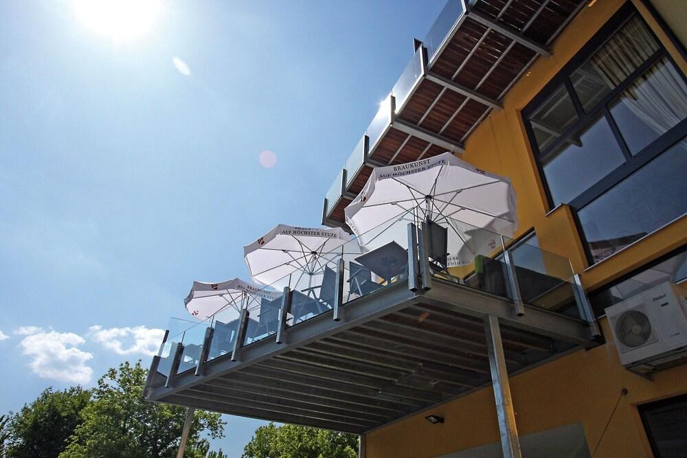 Gallery image of Lava Inn