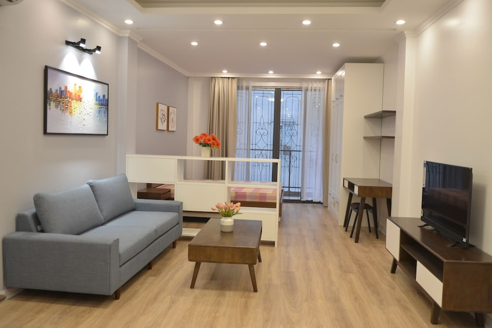 Wonderful Sunny Apartment