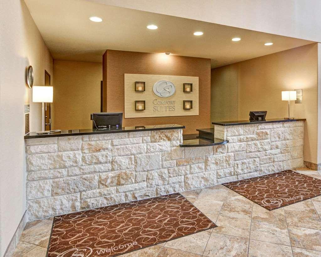 Gallery image of Comfort Suites Arlington Entertainment District